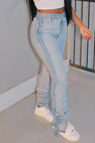 front_Rosina Elsa Wash Light Blue Jeans