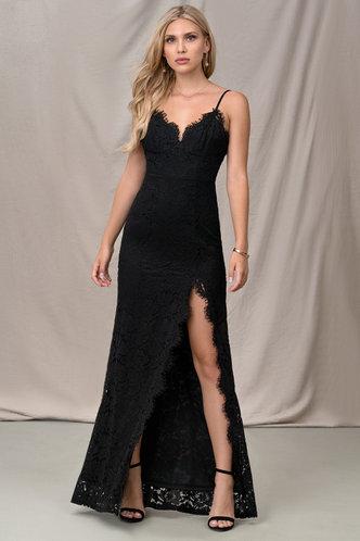 front_Paramount Black Maxi Dress