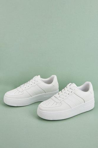 back_Gabrielle Homar White Skate Shoes