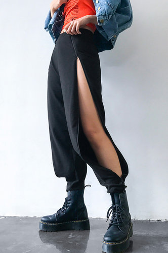 back_Griselda Eartha Black Split Side Sweatpants