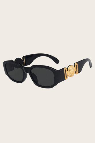 back_Ann Pentium Black Sunglasses