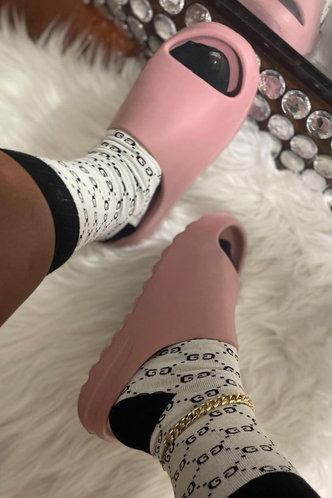 back_Cynthia Eunice Pink Slide & Flip Flop