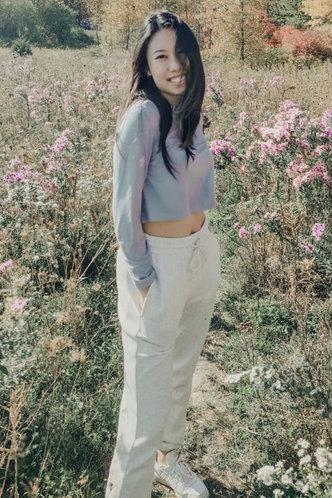 front_Jessica Grey Crop Sweatshirt
