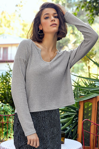 front_Minimalist Grey Sweater Top