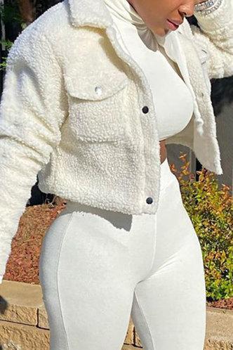 front_Conchita Eve White Jacket