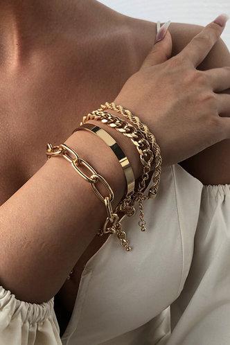 front_Magda Elsie Gold Chain Bracelet 4pcs