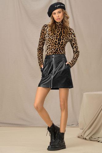 front_Fancy Feeling Leopard Print Turtleneck Top
