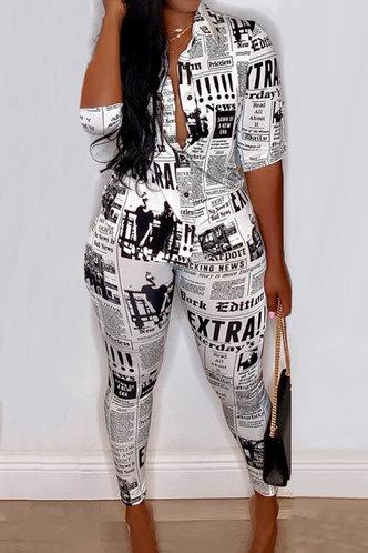 back_Button Newspaper Print Pants Sets