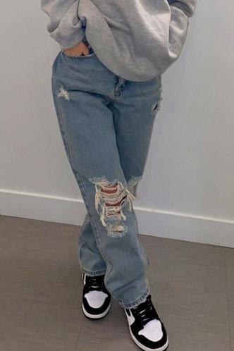 front_Christina Flugil Wash Blue Jeans
