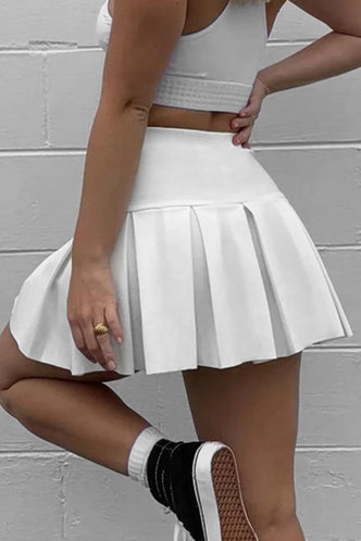 front_Wilma Eleanore White Pleated Skirt