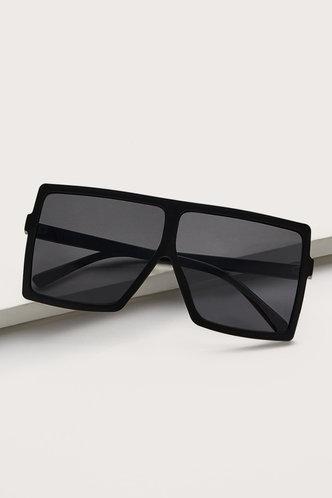 front_Summer Elizabeth Grey Square Frame Sunglasses