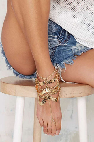 front_Amy Eleanore Gold Toe Ring Anklet
