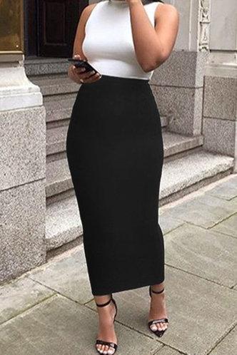 front_Alexandrina Elsie Black Skirt