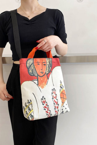 back_Graphic Print Figure Graphic Tote Bags