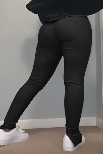 back_Nellie Flugil Black Plus Size Pant