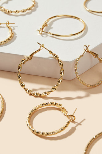 back_Ruth Eartha Gold Mixed Sized Hoop Earrings 5pairs
