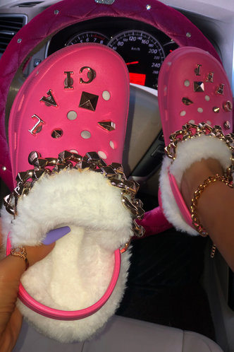 front_Round Toe  Low Heel Rose Pink Sandals