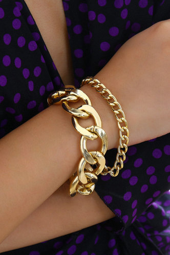 front_Maggie Eartha Gold Simple Chain Bracelet