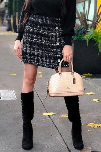 front_High Waist Black Plaid Skirts