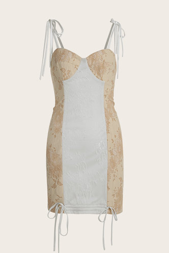 front_Miley Cyrus Beige And White Lace Dress