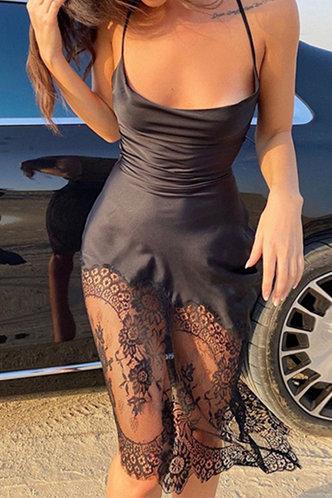front_Square Neck Black Dresses