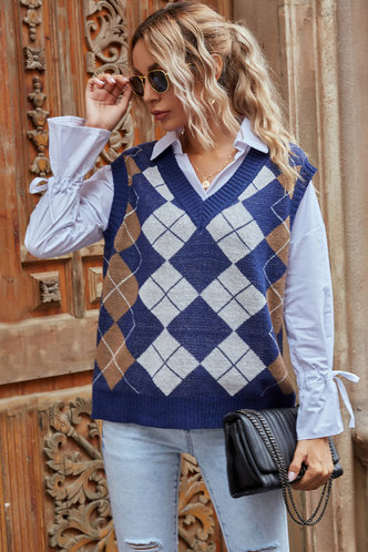 front_Expect the Best Argyle Sweater Vest Vest Sweater