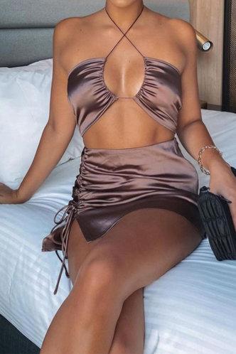 front_Yolande Erica Brown Set