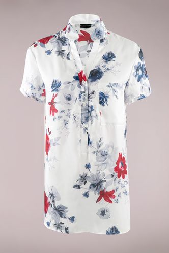 front_Dreamy Devotion White Floral Print Blouse