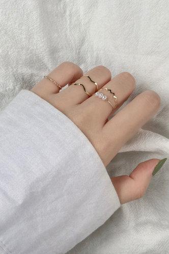 back_Rae Elaine Gold Faux Pearls Decor Ring 5pcs