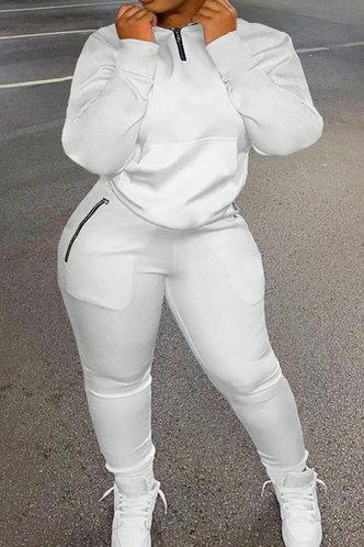 front_Chappell Flugil White Plus Size Pants Set