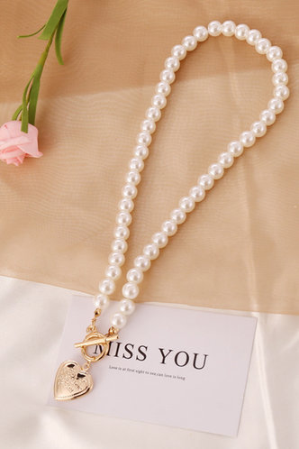 back_Goldie Eleanore White Faux Pearl Heart Pendant Necklace