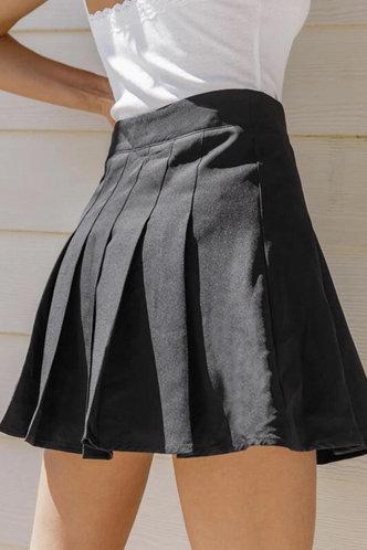 back_Josephine Eartha Black Pleated Skirt