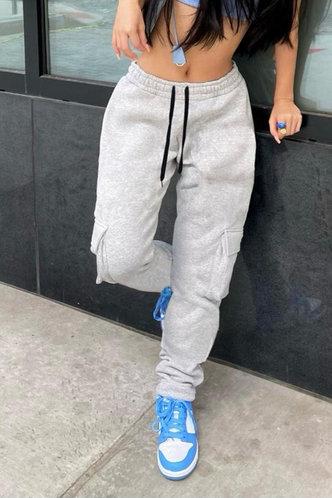 back_Mid Waist Plain Stacked Pocket Grey Sweatpants
