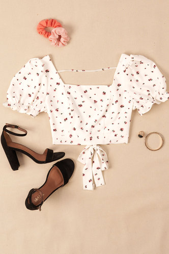 front_Ditsy Floral White Floral Print Short Sleeve Top