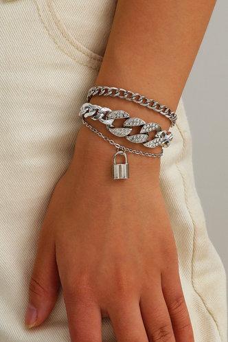 front_Mignon Elizabeth Silver Lock Detail Bracelet