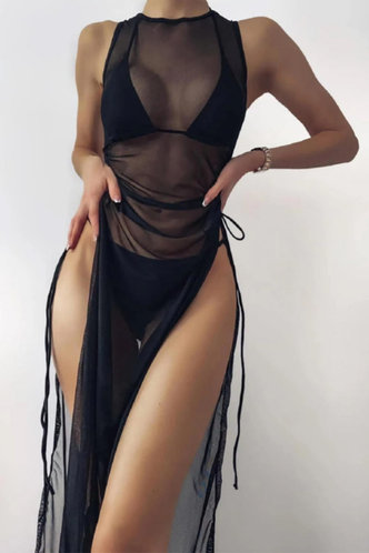 front_Lorraine Eleanore Black Bikini