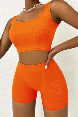 front_Plain Elastic Band Orange Shorts Sets
