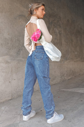 back_Anne Light Wash Jeans