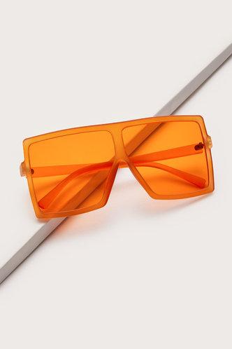 front_Summer Elizabeth Orange Square Frame Sunglasses