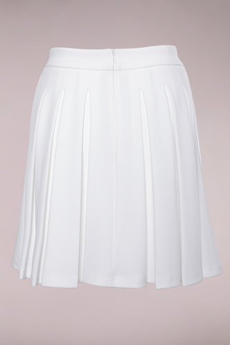 back_Victoria White Pleated Skirt