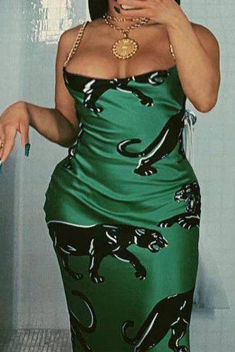 front_Penny Elva Emerald Green Plus Dress