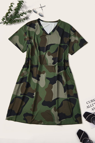 back_Daphne Kvarop Camo Plus Short Sleeve Dress