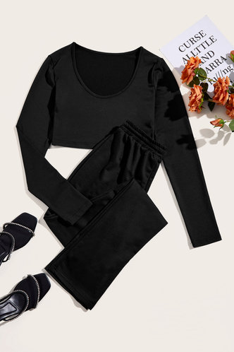 back_Letter Pullover Black Sweatshirt Sets
