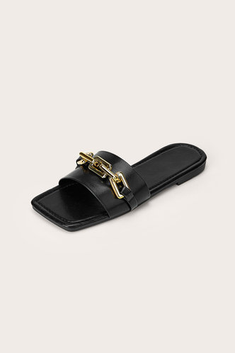 back_Sallie Elsa Black Chain Decor Sliede Sandals