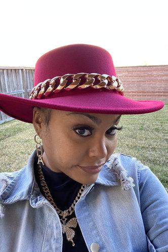 back_Rose Pink Hats & Gloves