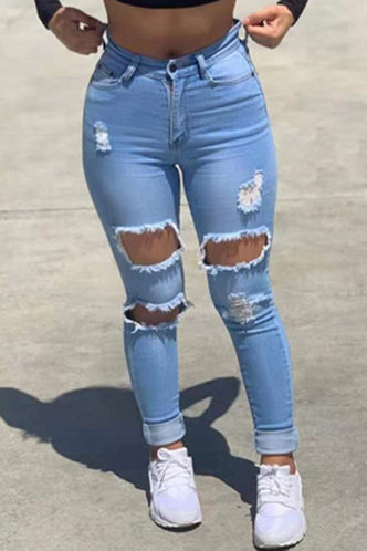front_Rosetta Eunice Wash Blue Ripped Jeans
