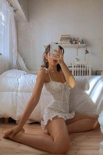 back_Justine Edwina White Floral Print Flounce Hem Dress