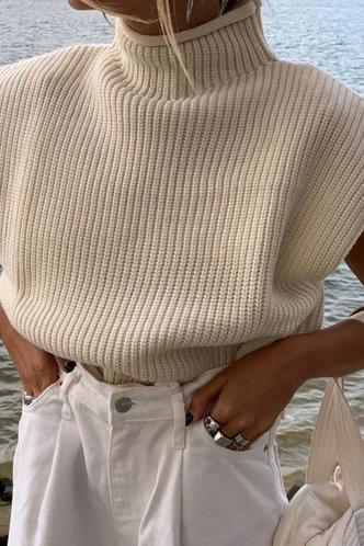 back_Lounge Lifestyle Khaki Sweater