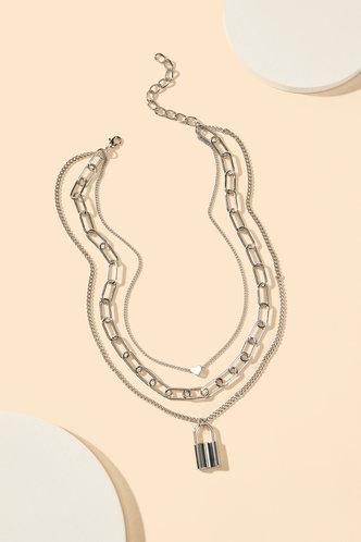 back_Lynn Eileen Sliver Lock Pendant Chain Necklace
