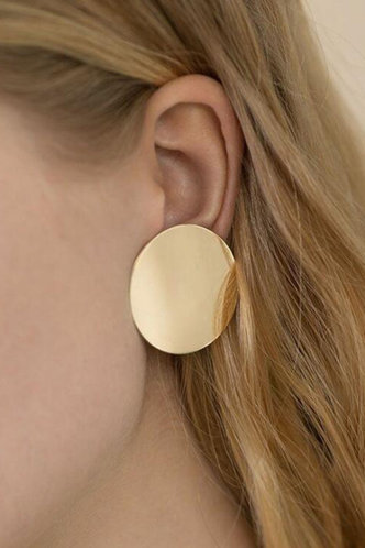 front_Geometric Gold Earring